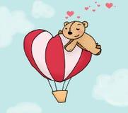 Urso Loving em um mais montgolfier Imagem de Stock Royalty Free
