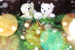 Ursos do brinquedo da árvore do ano novo Fotografia de Stock Royalty Free