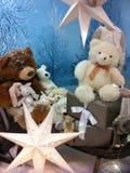 Ursos e estrelas de peluche do Natal foto de stock royalty free