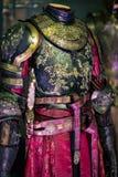 Ursprüngliche Kostüme von Schauspielern und von Stützen vom Film ` The Game von Throne ` in den Voraussetzungen des Seemuseums vo lizenzfreies stockbild