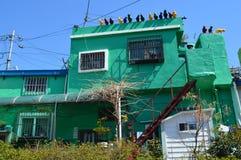 Ursprüngliche und bunte Gebäude in Pusan, Südkorea lizenzfreie stockfotografie