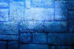 Ursprünglicher blauer Spiegelhintergrund Makronahaufnahmewand, gemalt der alten Farbe Lizenzfreie Stockfotos