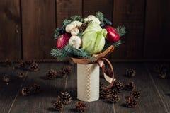Ursprünglicher Blumenstrauß des Gemüses und der Früchte Lizenzfreies Stockfoto