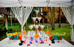 Ursprünglicher Cocktail-Tisch Stockfoto