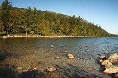 Ursprüngliches Maine-Wasser Lizenzfreie Stockfotos