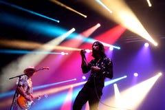 Ursprungligt skri (musikband) i konsert på Vida Festival Royaltyfri Bild