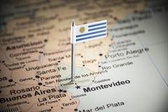 Uruguai identificou por meio de uma bandeira no mapa foto de stock royalty free