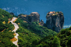 The ?urve road to Holy Trinity Monastery, Meteora, Greece Stock Photos