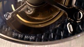 Urverkmekanism med juvlar arkivfilmer