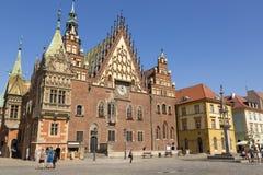 Urząd Miasta budynek na Targowym kwadracie Wrocławski, Polska zdjęcia stock