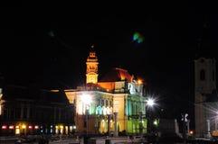 Urząd miasta Oradea transilvania w nocy Obraz Stock