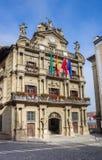 Urząd miasta w dziejowym centrum Pamplona obrazy stock