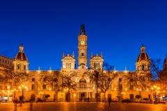 Urząd Miasta Walencja Hiszpania przy półmrokiem zdjęcie stock