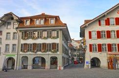 Urzędu Miasta kwadrat w Thun Starym miasteczku przy bożymi narodzeniami Zdjęcia Royalty Free