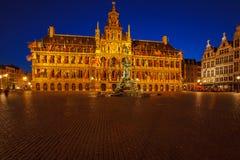 Urząd Miasta i Brabo fontanna przy Grote Markt, Antwerp Obraz Royalty Free