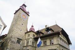 Urzędu Miasta zegarowy wierza w lucernie w Szwajcaria Zdjęcia Royalty Free