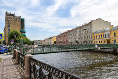 Urzędu Pocztowego most w St Petersburg Obrazy Stock