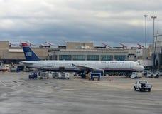 US Airways Airbus 321 à l'aéroport de Boston Photos libres de droits