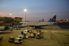 US Airways Airbus 319 à l'aéroport de Boston Images stock