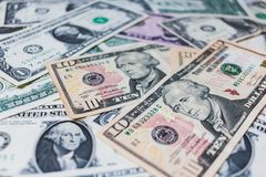 US-Dollar Banknotenhintergrund Stockbild