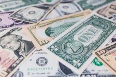 US-Dollar Banknotenhintergrund Stockfoto