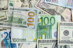 US-Dollar gegen Euro Stockfoto