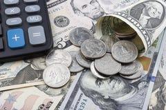 US dollar och en räknemaskin Royaltyfri Fotografi