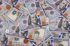 100 US-Dollar und abstrakter Hintergrund der Cents Lizenzfreies Stockbild