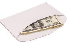 US dollarräkningar i ett kuvert Royaltyfria Bilder