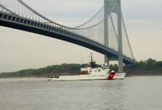 US-Küstenwache Cutter Campbell der Küstenwache Vereinigter Staaten während der Parade von Schiffen an Flotten-Woche 2014 Stockfoto