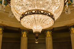 US-Kapitol, das Untertagekrypta-Leuchter-Architektur einbaut stockfotos