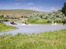 US-Kavallerie schmieden den Fluss Lizenzfreies Stockbild