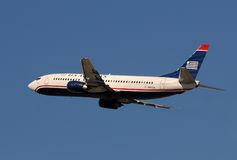 US-Luft-Boeing-Passagierflugzeugstart Lizenzfreies Stockbild