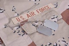 US-Luftwaffe-Uniform mit Erkennungsmarken Stockfotos