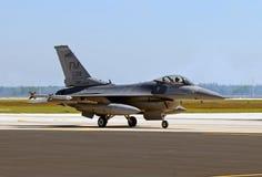 US-Luftwaffenstrahl, der vom Auftrag zurückgeht Stockbild
