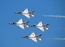 US-LuftwaffeThunderbirds Lizenzfreie Stockfotos