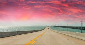 US1 Mellanstatligt av Florida, väg till Key West Arkivfoton
