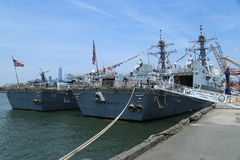 US Navy guided-missile destroyers USS Bainbridge and USS Farragut docked in Brooklyn Cruise Terminal during Fleet Week 2016 Stock Photos
