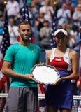 US Open 2017 finalistes Michael Venus du Nouvelle-Zélande et Hao-Ching Chan de doubles mélangés de Taïwan pendant la présentation Photo stock