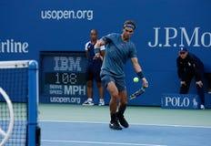 US Open 2013 kampioen Rafael Nadal tijdens zijn definitieve gelijke tegen Novak Djokovic Stock Foto's