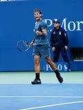 US Open 2013 kampioen Rafael Nadal tijdens zijn definitieve gelijke tegen Novak Djokovic Royalty-vrije Stock Fotografie