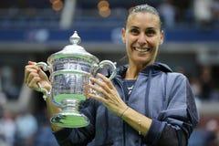 US Open 2015 mistrz Flavia Pennetta Włochy podczas trofeum prezentaci po kobiety definitywnego dopasowania przy us open 2015 Obraz Royalty Free