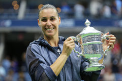 US Open 2015 mistrz Flavia Pennetta Włochy podczas trofeum prezentaci po kobiety definitywnego dopasowania przy us open 2015 Fotografia Royalty Free