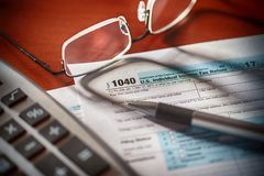 1040 US tax form Stock Photos