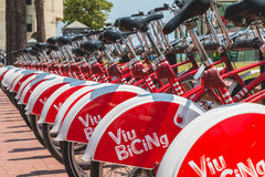 Usługowi pojazdów bicykle Vodafone Bicing, rowerowy dzieli sys Zdjęcia Stock