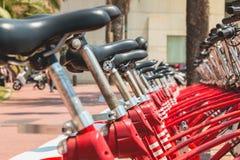 Usługowi pojazdów bicykle Vodafone Bicing, rowerowy dzieli sys Obraz Stock