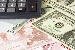 US und Eurobargeldpaare Stockbild