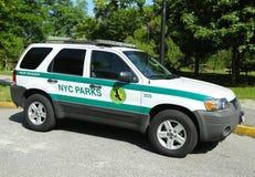 US-Wildhüterauto in NYC-Park in Brooklyn Stockfotografie