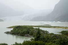 USA Alaska - Mendenhall Glacier and Lake Royalty Free Stock Images