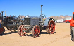 USA: Antique Tractor: 1923 McCormick-Deering 10-12. This tractor was on exhibition in Apache Junction, Arizona (Arizona Early Day Gas Engine and Tractor Royalty Free Stock Photos